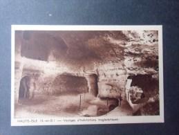 dep78 HAUTE-ISLE  vestiges d'habitations troglodytiques