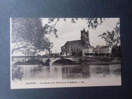 dep78  MANTES les bords de la seine et la cathedrale