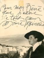 La Môme Moineau - Photo Dédicacée - Photo Studio De France à Tanger -(15 X 19,5) Semble T´il Légérement Recoupée - Dédicacées