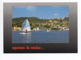 CPM - ESPARRON DE VERDON - VOILIER DERIVEUR - PEDALO - 947 - Autres Communes