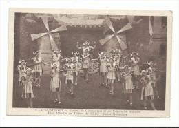 CPA , La Saint Loise Société De Gymnastique Et De Préparation Militaire, Ballet Hollandais , Théâtre De Saint Lô - Saint Lo