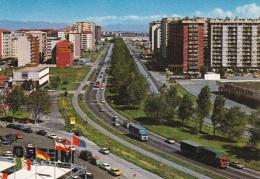 Cartolina CINISELLO BALSAMO (Milano) - Viale Fulvio Testi / Bandiere / Auto / Cars / Voitures / Camion - Cinisello Balsamo