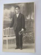 HOMBRE JOVEN ELEGANTE, MAN 1921 - Dias