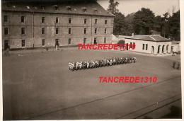 WW2 PHOTO ORIGINALE Soldats Allemands Dans Caserne à DOUAI NORD 59 Près Lille Flandres - 1939-45