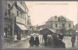SAVENAY . La Place Principale . - Savenay