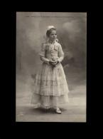 29 - QUIMPER - Costumes - Coiffes - - Quimper