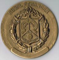 Grosse Médaille  Royal Etranger  1635 _ 1921   Bronze 80 Mm X 5 Mm épaisseur - France