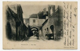 CP , 89 , VEZELAY , Une Rue - Vezelay