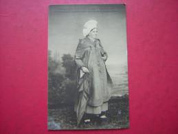CPA  EN NORMANDIE  A D N°  311  COSTUME DE VILLERVILLE 1850  1er SERIE DES COSTUMES AUTHENTIQUES ET ANCIENS  NON VOYAGEE - Costumi