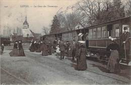 28 - Lèves - La Gare Des Tramways - Lèves