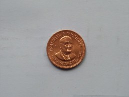 FRANKLIN D. ROOSEVELT - Presidential Hall Of Fame ( 26 Mm./ 6.4 Gr. / 1968 Franklin Mint - Grade, Please See Photo ) ! - Pièces écrasées (Elongated Coins)