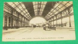 Lyon - Nouvelle Gare Des Brotteaux - Le Hall :::::: Animation - Gares - Sans Trains