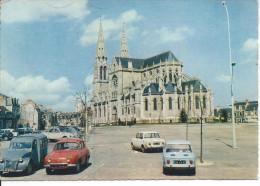 CHATEAUROUX (36) - Eglise Saint-André      RARE - Chateauroux
