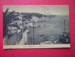 CPA OU CPSM  13  MARSEILLE  LA CORNICHE     VOYAGEE 1933 TIMBRE - Endoume, Roucas, Corniche, Plages