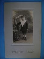PHOTO SUR CARTON   - GARCON - PHOTO Vve E; GUYOT 2 RUE DE LA PAIX A TROYES - Portraits