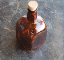 Liquor GLASS Bottle With CORK Dark Amber FLASK Design Art AMBRE Le Verre Bouteille - Whisky