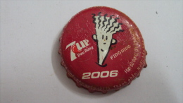 Vietnam Viet nam 7 Up of Pepsi beverage bottle crown cap / Kronkorken / Capsule