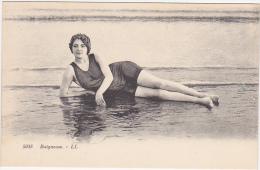 Baigneuse / Jolie Femme En Maillot De Bain / Années 20 - Vrouwen
