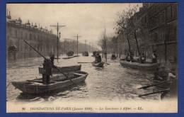 75 PARIS Inondations De Janvier 1910, Les Sauveteurs D´Alfort ; Barques - Animée - La Crecida Del Sena De 1910