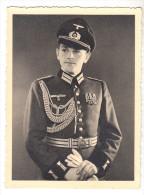 Orig.- Photo1939 - WK II. Offizier In Galauniform Mit Orden 11,6 X 8,4 Cm, WW II. - 1939-45