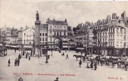 LILLE GRAND PLACE LA DEESSE - Lille
