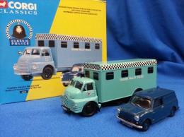 Corgi Classic 1:43 & 1:50 THAMES VALLEY POLICE SET - 08006 - Altre Collezioni