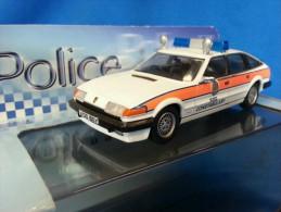 VANGUARDS 1:43 POLICE ROVER SD 1 FIFE CONSTABULARY TRAFFIC DEPARTMANT VA09003 - Altre Collezioni