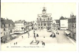 Cp, 60, Compiègne, Place De L'Hôtel De Ville - Compiegne