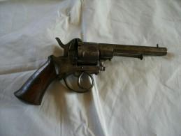 Ancien Revolver Type LEFAUCHEUX Fabrication LIEGE Calibre : 9 Mm Non Fontionnel - Decotatieve Wapens
