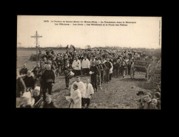 29 - LE MENEZ-HOM - Commune De Plomodiern - Procession - Plomodiern