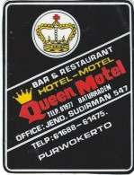Etiquette Valise Et Malle/ Hotel/ ASIE/ Queen-Motel/Purwokerto/Indonésie/ Années 1980   EVM60 - Etiquettes D'hotels