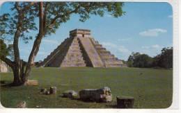 MEXICO - EL CASTILLO - Zona Arqueol�gica de Chichen Itz�
