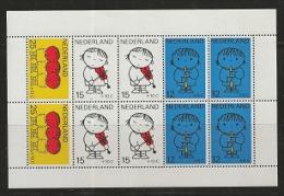 NEDERLAND, 1969, Mint  Hinged Stamp(s) Block Nr. 8, Child Welfare, NVPH Nr. 937,  #6840 - Blocks & Sheetlets