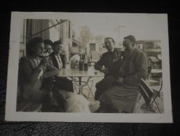 Petite Photo Ancienne De Juin 1938 Le Croisic 44 Terrasse De Café ... - Format 9 X 6.5 Cm. - Lieux
