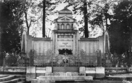 54   POMPEY                Le Monument Aux Morts - Frankrijk