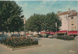 MONTBRISON PLACE DE L HOTEL DE VILLE - Montbrison