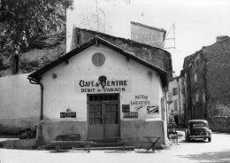 Var -  Chateaudouble - Café Tabacs -( Café Du Centre)  Belle CPSM 10 X 15 Editions Du Sud-Est -                 TBE - Sin Clasificación