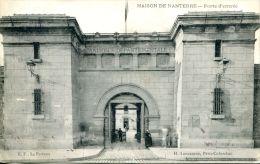 N°38849 -cpa Maison De Nanterre -porte D'entrée- - Nanterre