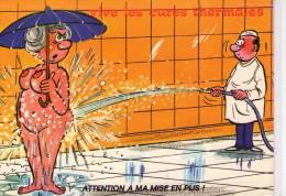 """Humour.. Erotique.. Nus.. Femme Nue.. """"Vive Les Cures Thermales"""".. Attention à La Mise En Plis - Humour"""