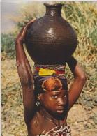 CAMEROUN,CAMEROON,ancienn E Colonie Allemande Gérée Par Les Français,prés Nigeria,tchad,fille,fille Tte,porteuse Eau,rar - Cameroun