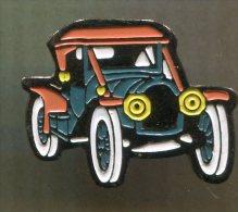 Pin´s - Voiture Automobile Ancienne Vieille - Badges
