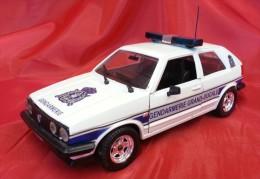 POLISTIL 1:24 Cod. S 318 VOLKSWAGEN GOLF GL GENDARMERIE GRANDUCALE - LUSSEMBURGO - Automobili