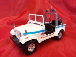 BURAGO 1:24 Cod. 0197 - JEP - AMERICAN OFF ROAD - CHICAGO POLICE - Automobili
