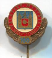 FOOTBALL / SOCCER / FUTBOL / CALCIO - VALASSKE MEZIRICI , Zlin, Czech Republic, Enamel, Vintage Pin, Badge - Football