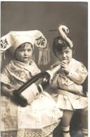 Enfants Costumés - Bouteille De Champagne - Photo Véritable NPG N° 412/10 - 2 Scans - Enfants