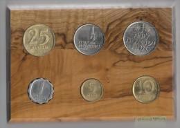 Israël Munten - 1974 - In Plankje Van Olive Wood From Israël. - Israël