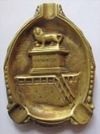Cendrier En Laiton - Souvenir De La Bataille De Waterloo 18 Juin 1815 - Butte Du Lion De Waterloo, Braine L'Alleud (3735 - Métal