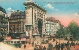 75 - PARIS - Le Boulevard Et La Porte St-Denis - Transport Urbain En Surface