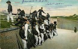 ESERCITAZIONE DI BERSAGLIERI - UNA SCALATA A GENOVA. BELLA CARTOLINA ILLUSTRATA DEL 1906 - Manovre