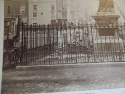 PHOTO VINTAGE CIRCA 1880 ROTTERDAM HET STANDBEELD VAN ERASMUS OP DE GROOTE MARKT - Photos